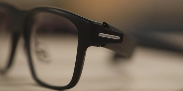 Smart glasses Intel Vaunt